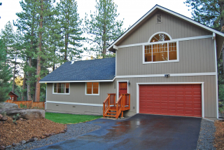 lake-tahoe-real-estate-10529-snowberry-front